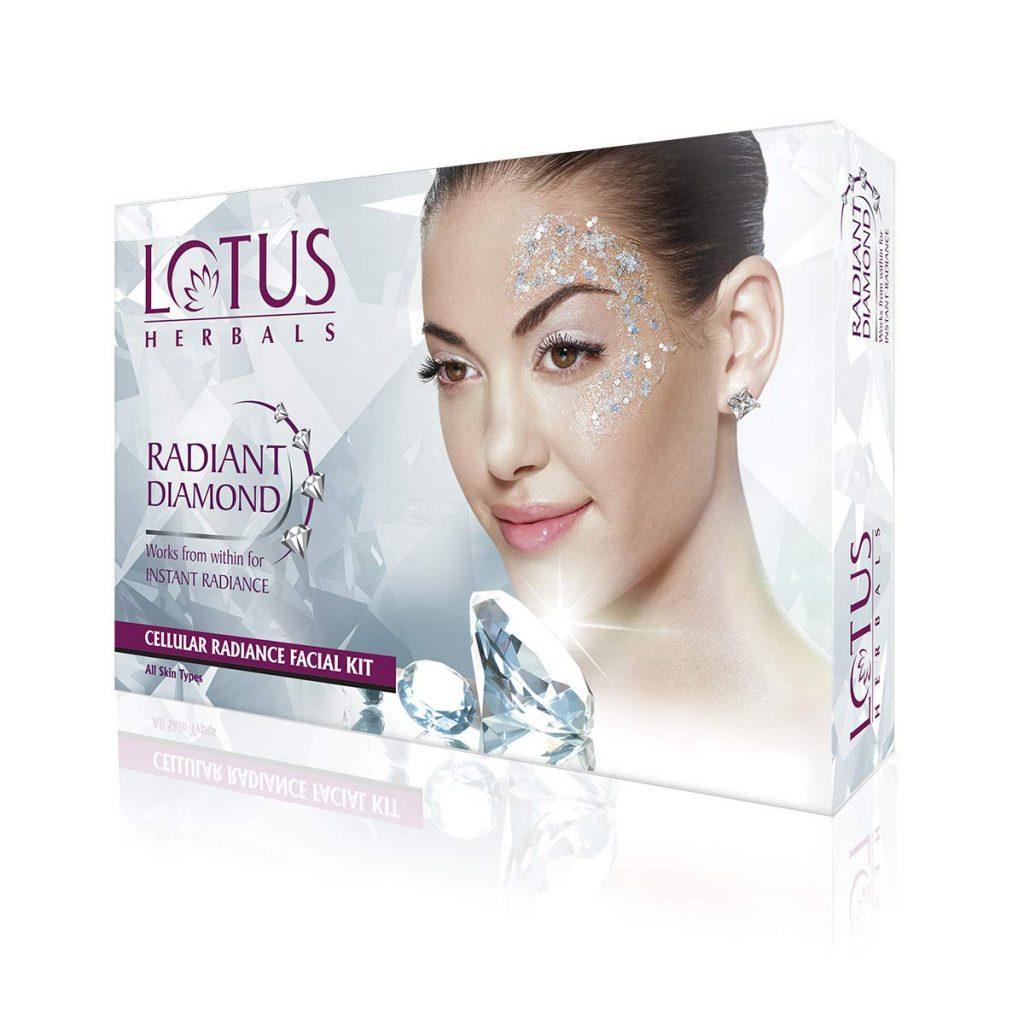 LOTUS HERBALS RADIANT DIAMOND Facial Kit